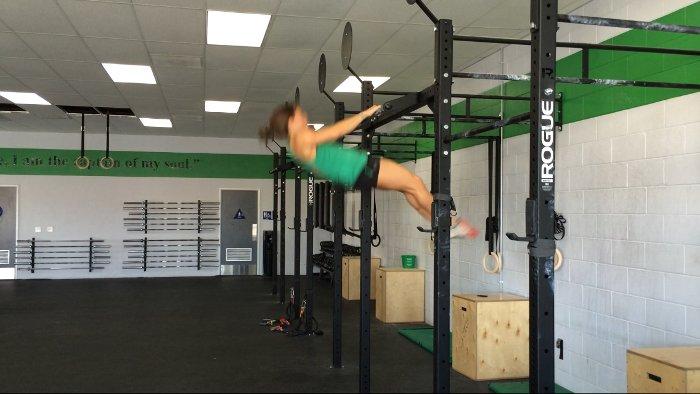 Tecnica muscle up en barra